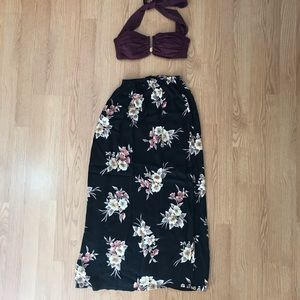 Dresses & Skirts - Floral Maxi Skirt size Small